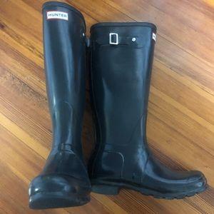 Hunter navy rain boots
